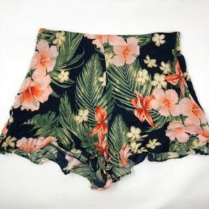 bacebd9e82 Zara Ruffled Floral Print Bermuda Shorts Size M